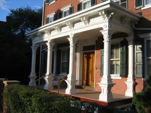 Farnsworth Ave. Porch